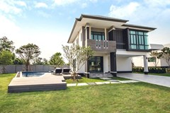 Luxury  House for sale close to International School - House - 36 - 36, Nong Pla Lai,Chon Buri