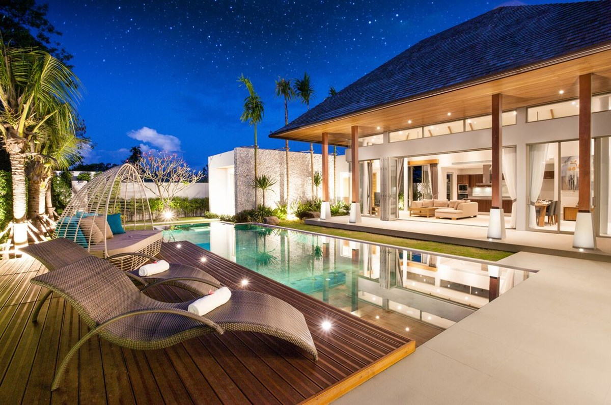 LUXURY POOL VILLAS FOR SALE IN PHUKET